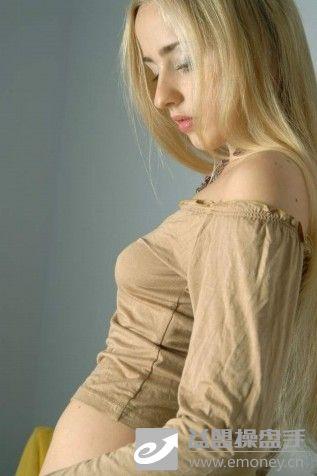维吾尔族美少女