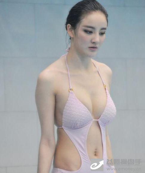 跳水女神 刘雨欣 香车美女