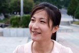 """街拍穿着""""时尚""""的朝鲜姑娘(组图)"""