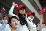 朝鲜美女啦啦队惊艳东亚运赛场